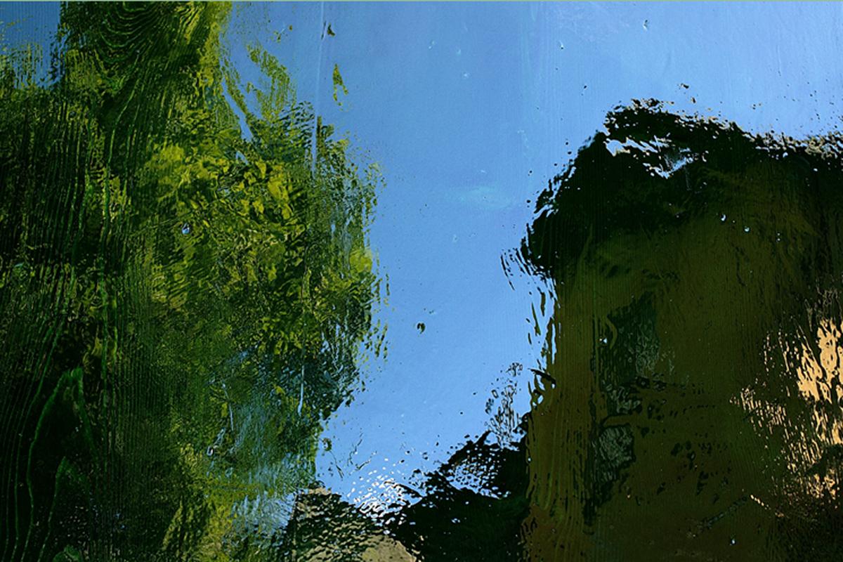01. Specchi profondi